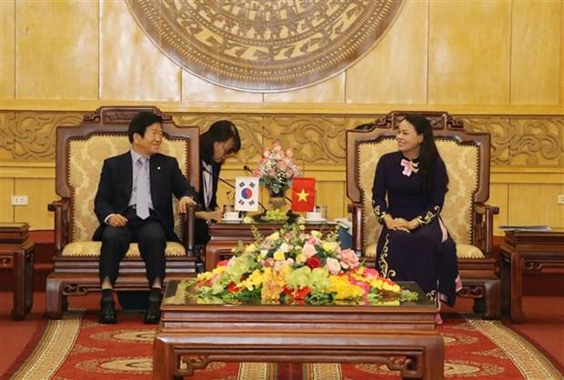 韩国国会议长朴炳锡对宁平省进行工作访问 hinh anh 1