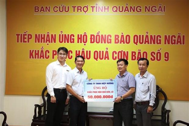 越南各地继续向灾民开展灾后重建工作提供援助 hinh anh 1
