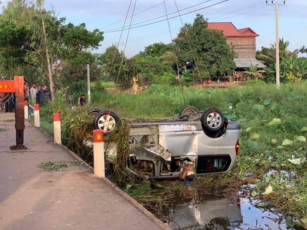 6名越南公民在柬埔寨暹粒市交通事故中遇难 hinh anh 1