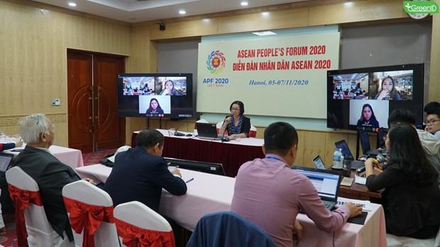 2020东盟主席年:东盟人民论坛展示东盟人民齐心协力、包容性与主动适应精神 hinh anh 2