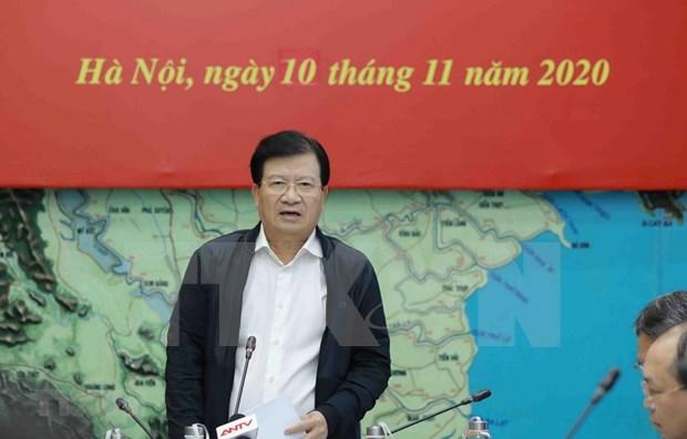 """政府副总理郑廷勇:本着""""四个就地""""方针主动应对第12号和第13号台风 hinh anh 1"""