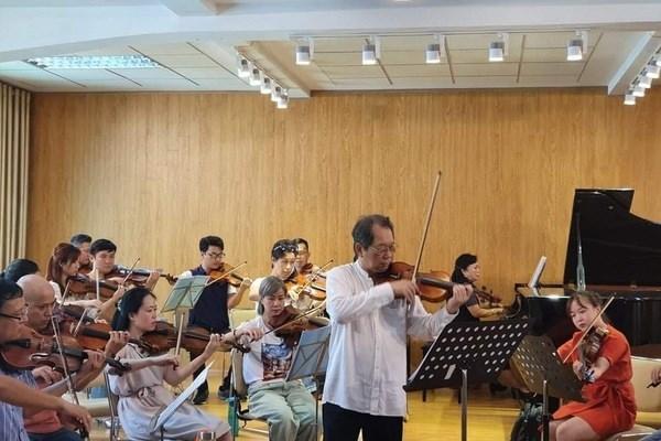 """""""银河音乐晚会""""——越南音乐人的交流平台 hinh anh 1"""