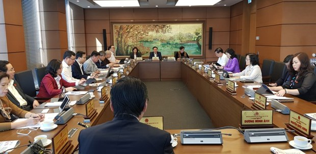 民主、坦诚、负责、建设性的国会质询活动 hinh anh 1