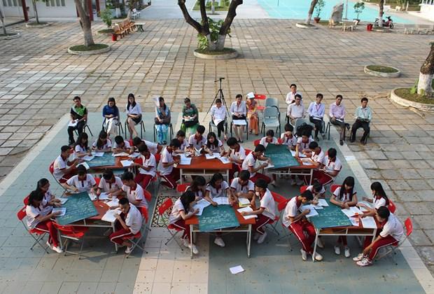 户外课堂模式颇受学生们的欢迎 hinh anh 1