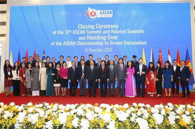 ASEAN 2020:彰显团结、自强的力量和灵活适应各种挑战的能力 hinh anh 3