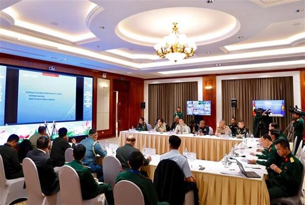 ASEAN 2020:东盟国防高级官员工作小组召开视频会议 hinh anh 1
