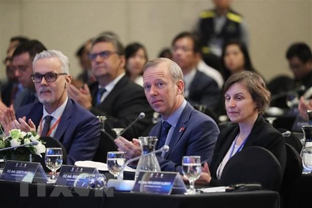 第12次东海问题国际研讨会: 就东海形势坦率交换意见 维持和平与合作环境 hinh anh 1
