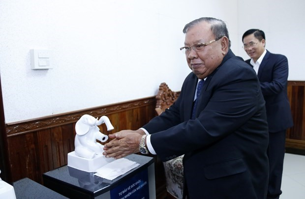 越南国防部协助老挝防控新冠肺炎疫情 hinh anh 1
