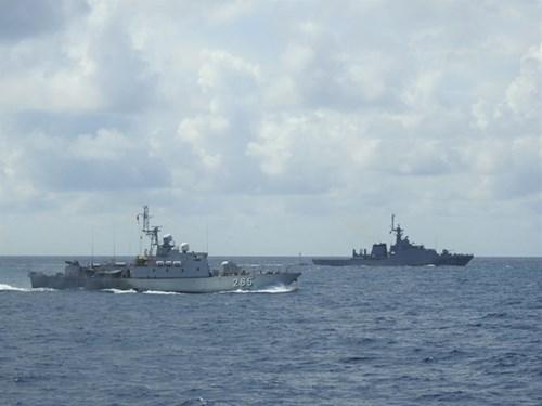 越南人民海军与泰国皇家海军进行第42次联合巡逻 hinh anh 1