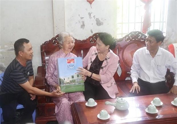 越南国会主席阮氏金银莅临朔庄省调研 hinh anh 3