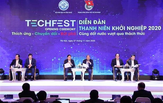 阮春福出席2020年越南国家创新创业节开幕式 hinh anh 1