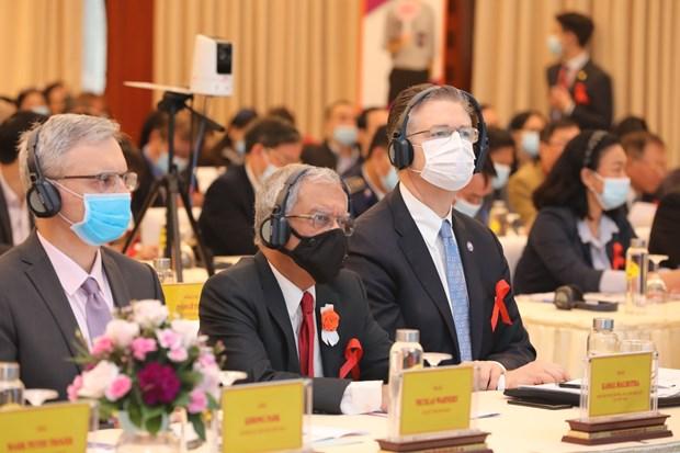 张和平副总理:越南艾滋病防治工作取得骄人成绩 hinh anh 2