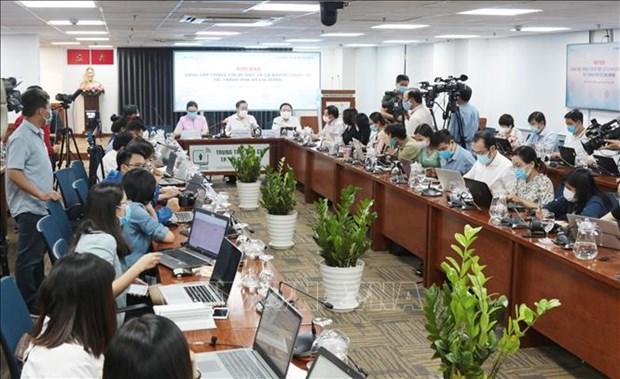新冠肺炎疫情:胡志明市依法依规严肃处理违反隔离规定的人员 hinh anh 1
