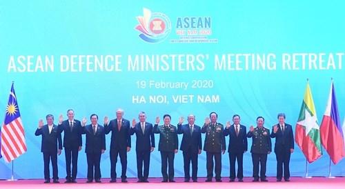 越南在东盟防务合作进程中的深刻烙印:为建设东盟政治-安全共同体作出努力(第一期) hinh anh 1