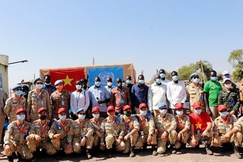来自在南苏丹执行任务的越南野战医院之特殊礼物 hinh anh 7