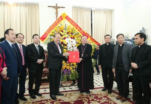 政府常务副总理张和平圣诞节前走访慰问宗教界人士 hinh anh 2