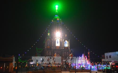 南定省教区洋溢着圣诞节气氛 教民准备工作基本就绪 hinh anh 1