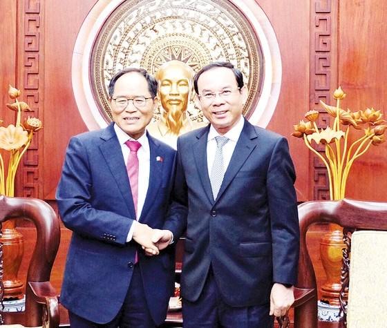 胡志明市与韩国加强合作促进数字化转型 hinh anh 1