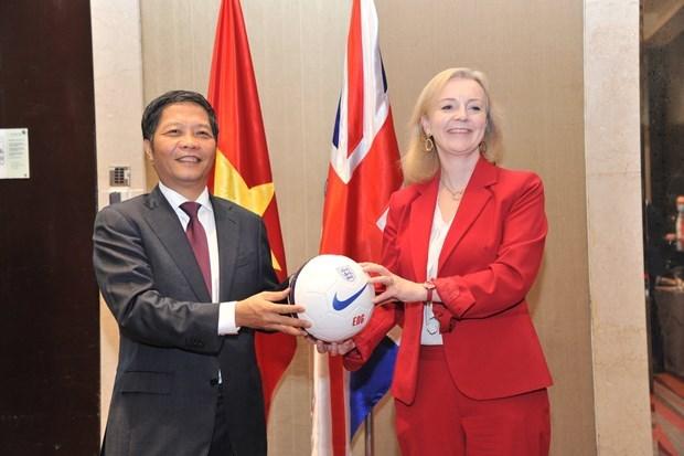越南与英国自由贸易协定将于12月31日23时正式生效 hinh anh 2