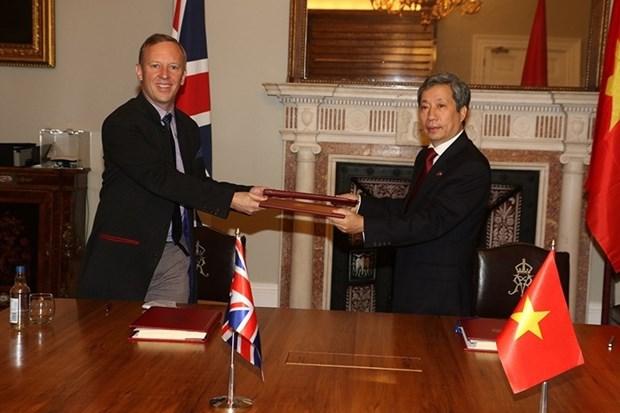 英国首相亚太事务国务大臣:UKVFTA开辟英越关系更美好未来 hinh anh 2