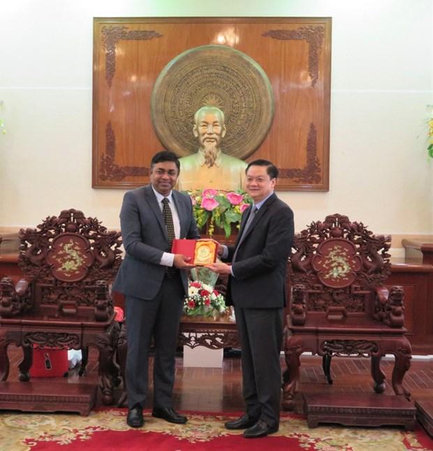 芹苴市与印度促进教育卫生和信息技术的合作 hinh anh 2