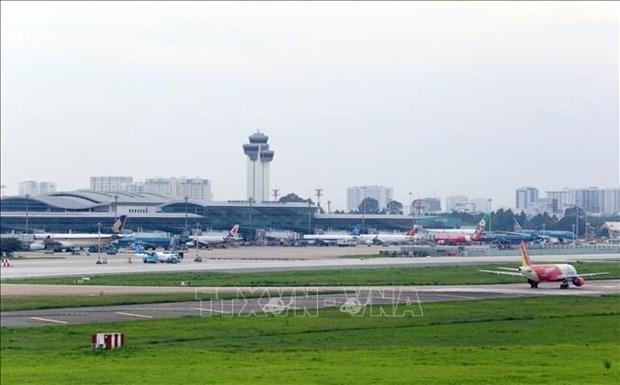 从现在到2021年农历春节期间尽量减少执行将旅居海外越南公民接回国的航班 hinh anh 1