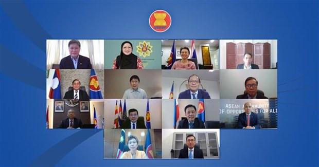 东盟秘书长高度评价越南在引领东盟继续实现东盟共同体建设目标的作用 hinh anh 1