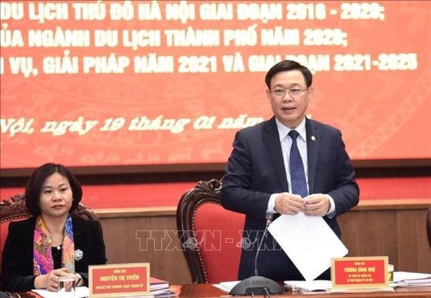 河内市委书记王廷惠要求制定2021年旅游复苏和发展计划 hinh anh 2