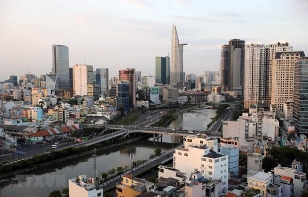越共十三大:外国记者高度评价越南发展潜力 hinh anh 1