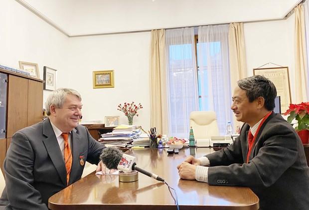 越共十三大:捷克中议院第一副议长称越南共产党的作用日益得到肯定 hinh anh 2