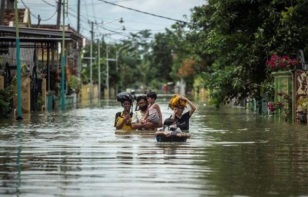 东盟与俄罗斯签署自然灾害管理的合作备忘录 hinh anh 1