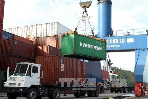 越南力争到2025年物流服务行业对GDP的贡献率达到5-6% hinh anh 1