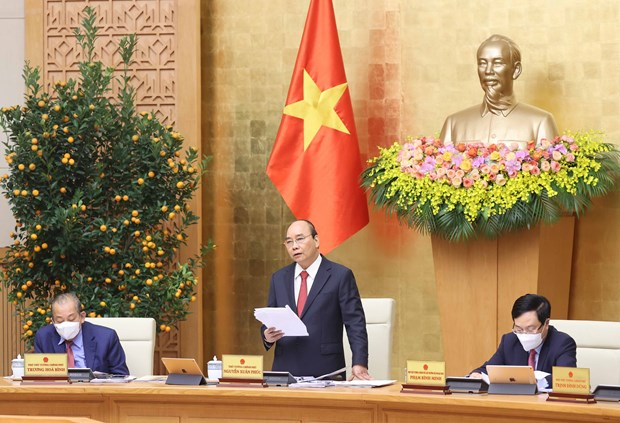 政府总理阮春福:继续集中精力实施各项重要和紧迫性的任务 hinh anh 1