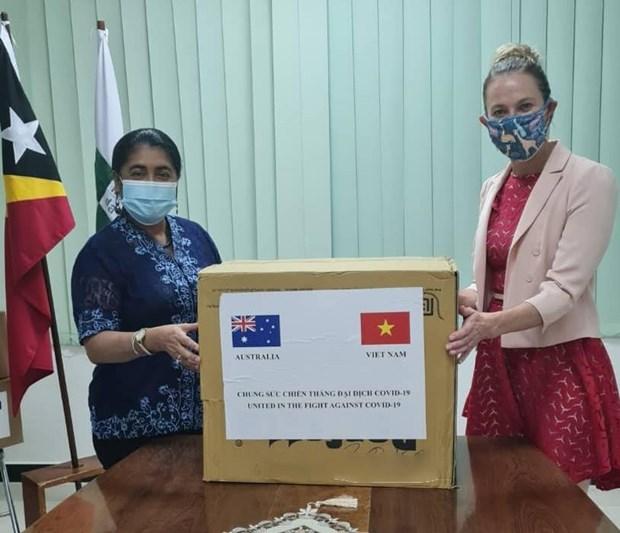 越南向东帝汶捐赠的口罩已运抵帝力 hinh anh 1