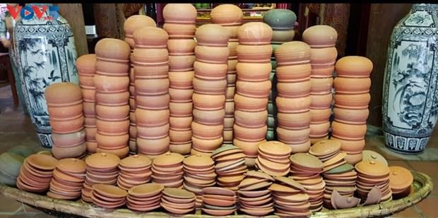 """""""陶瓷故事""""文化活动有助于保护和弘扬非物质文化遗产价值 hinh anh 1"""