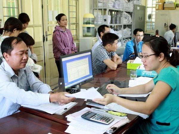 力争到2025年底全国自愿参加保险人数达360万人 hinh anh 1