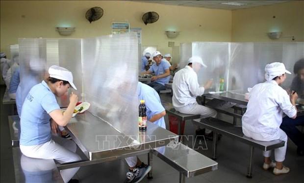越南劳动总联合会:在各工业园区中采取紧急防疫措施 hinh anh 1