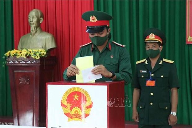 国会和各级人民议会代表选举:摩洛哥大使高度赞赏越南为实现性别平等所做出的努力以及越南民族大团结政策 hinh anh 1