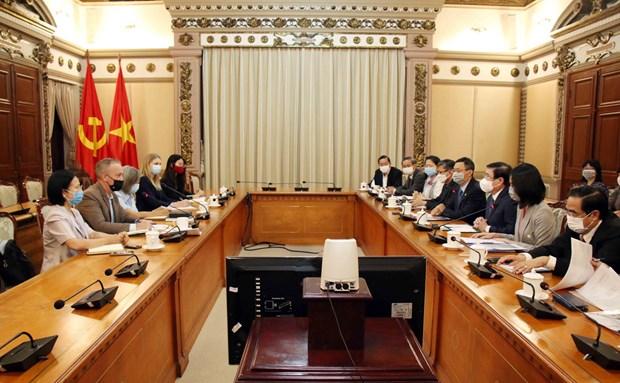 胡志明市按国际标准推进优质人力资源培训 hinh anh 1