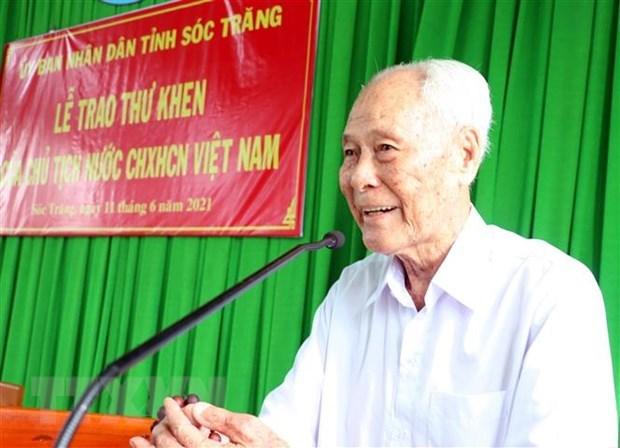 一位98岁高龄老人获国家主席表扬 hinh anh 2
