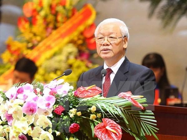 对越共中央总书记署名文章的心得体会:注重发展高素质人力资源 hinh anh 1