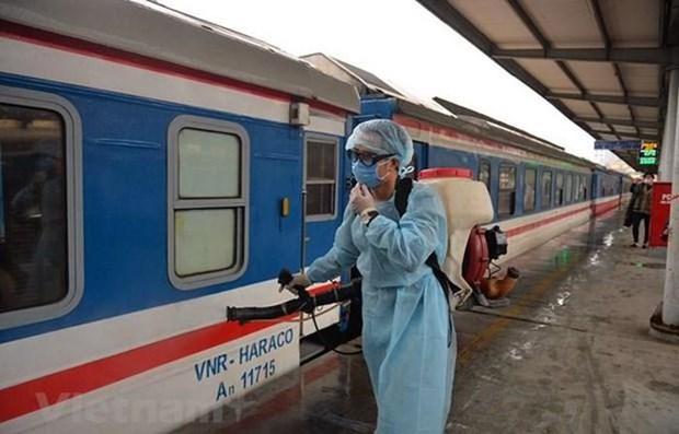 抓实抓细疫情防控工作 保障旅客安全健康出行 hinh anh 1
