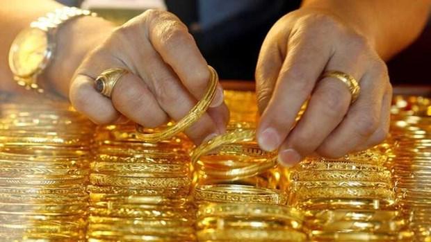 7月8日上午越南国内黄金价格接近5750万越盾 hinh anh 1