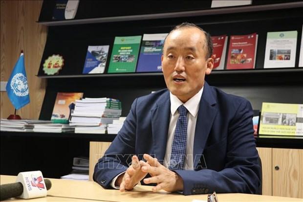 世卫组织驻越南首席代表:越南采取强硬措施抗击新冠肺炎疫情 hinh anh 2