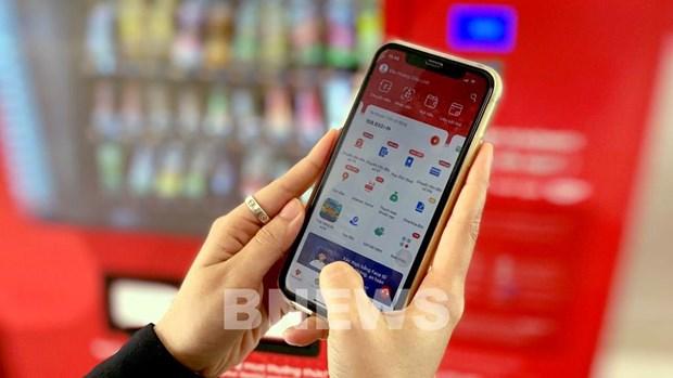 越南三大电信运营商申请试用移动货币 hinh anh 1