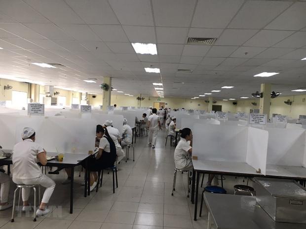 越南社保大力支持受疫情影响企业和劳动者 hinh anh 2