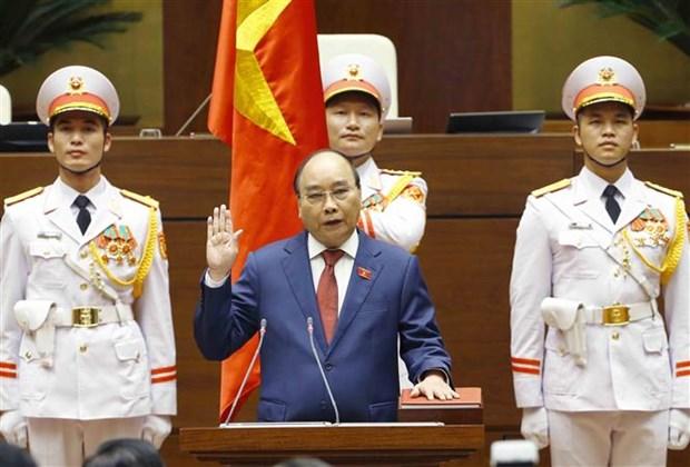 第十五届国会第一次会议:阮春福同志再次当选国家主席职务 hinh anh 1