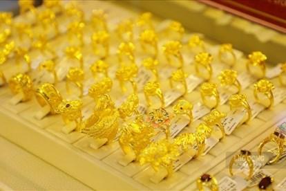 8月10日上午越南国内黄金价格涨跌互现 hinh anh 1