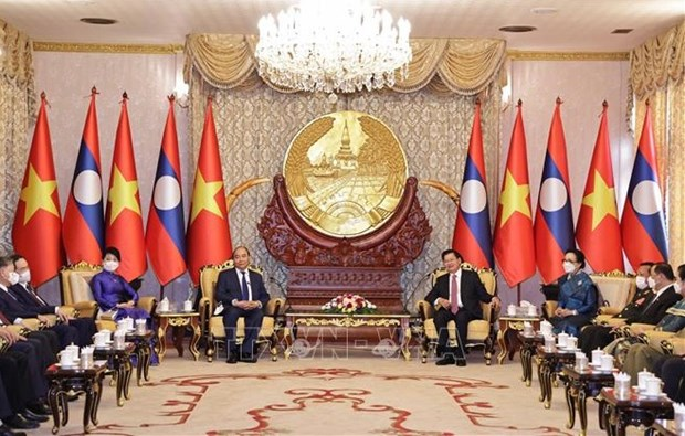 越南外交部副部长阮国勇就越南国家主席阮春福对老挝进行正式友好访问的成果接收了采访 hinh anh 2