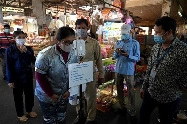 泰国、柬埔寨和老挝12日新冠肺炎疫情最新情况 hinh anh 1
